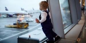 Les précautions à prendre en voyageant avec un enfant
